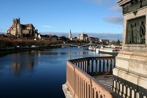 Autopůjčovna Auxerre
