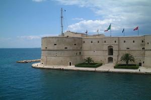 Autopůjčovna Taranto