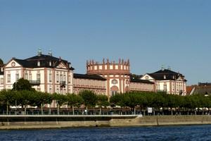 Autopůjčovna Wiesbaden